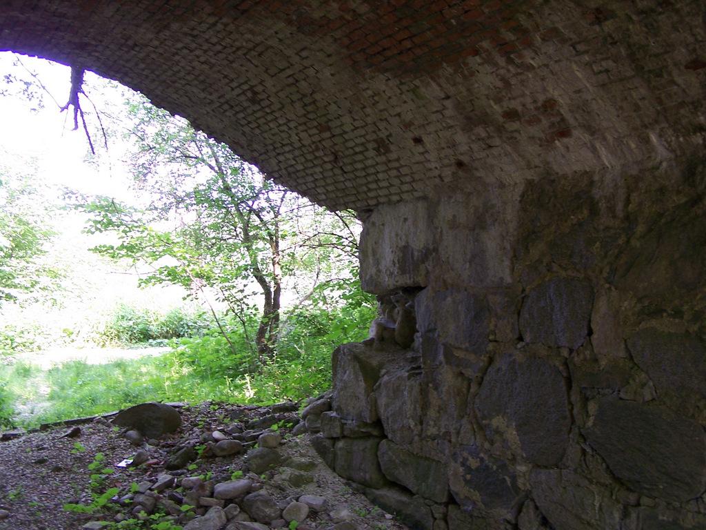 Particolare di un ponte nel tratto tra Somma Lombardo e Sesona