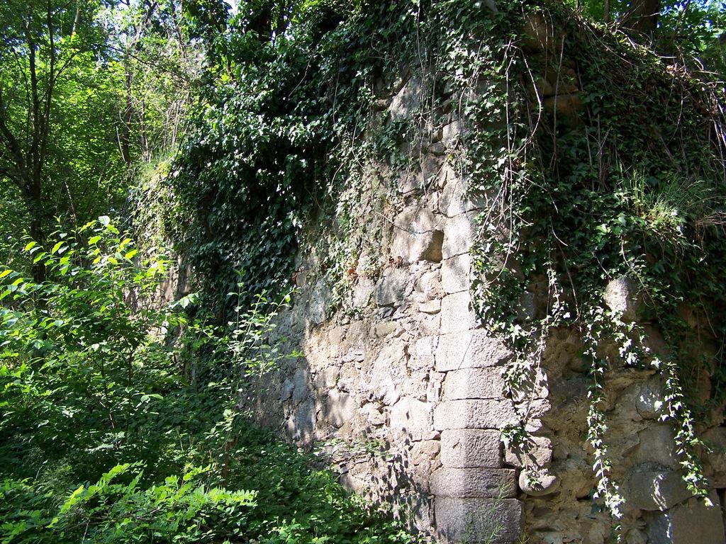 Ponte diroccato nel tratto tra Somma Lombardo e Sesona